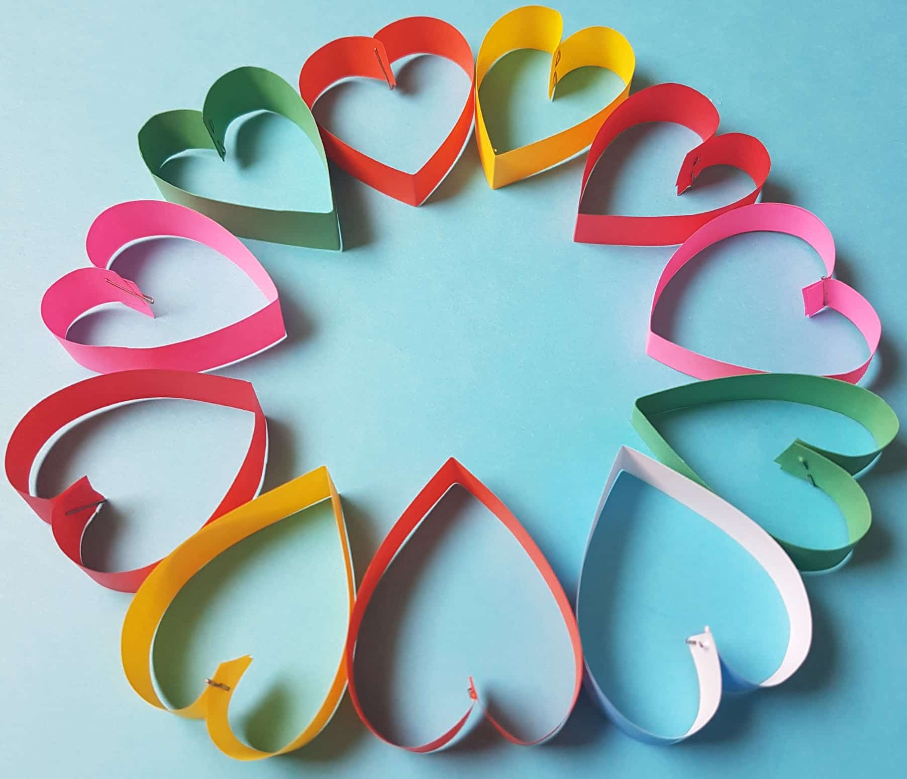 Paper heart wreath 4