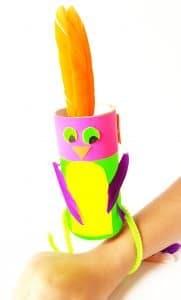 Make this fun paper roll bird Craft today! #birdcraftfortoddlers #birdcrafts #birdcraftsforpreschool