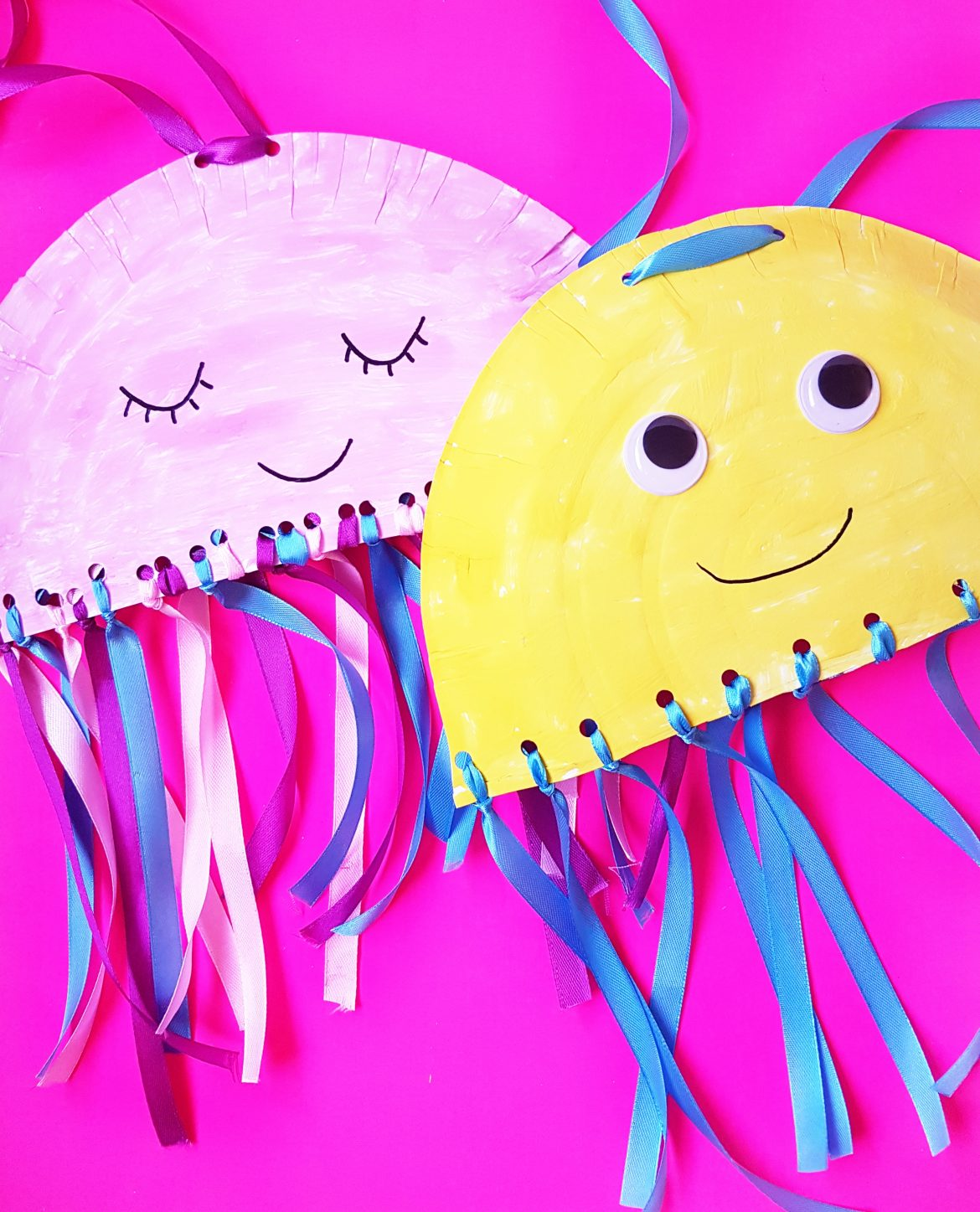 Kindergarten Craft: Paper Plate Jelly Fish Craft