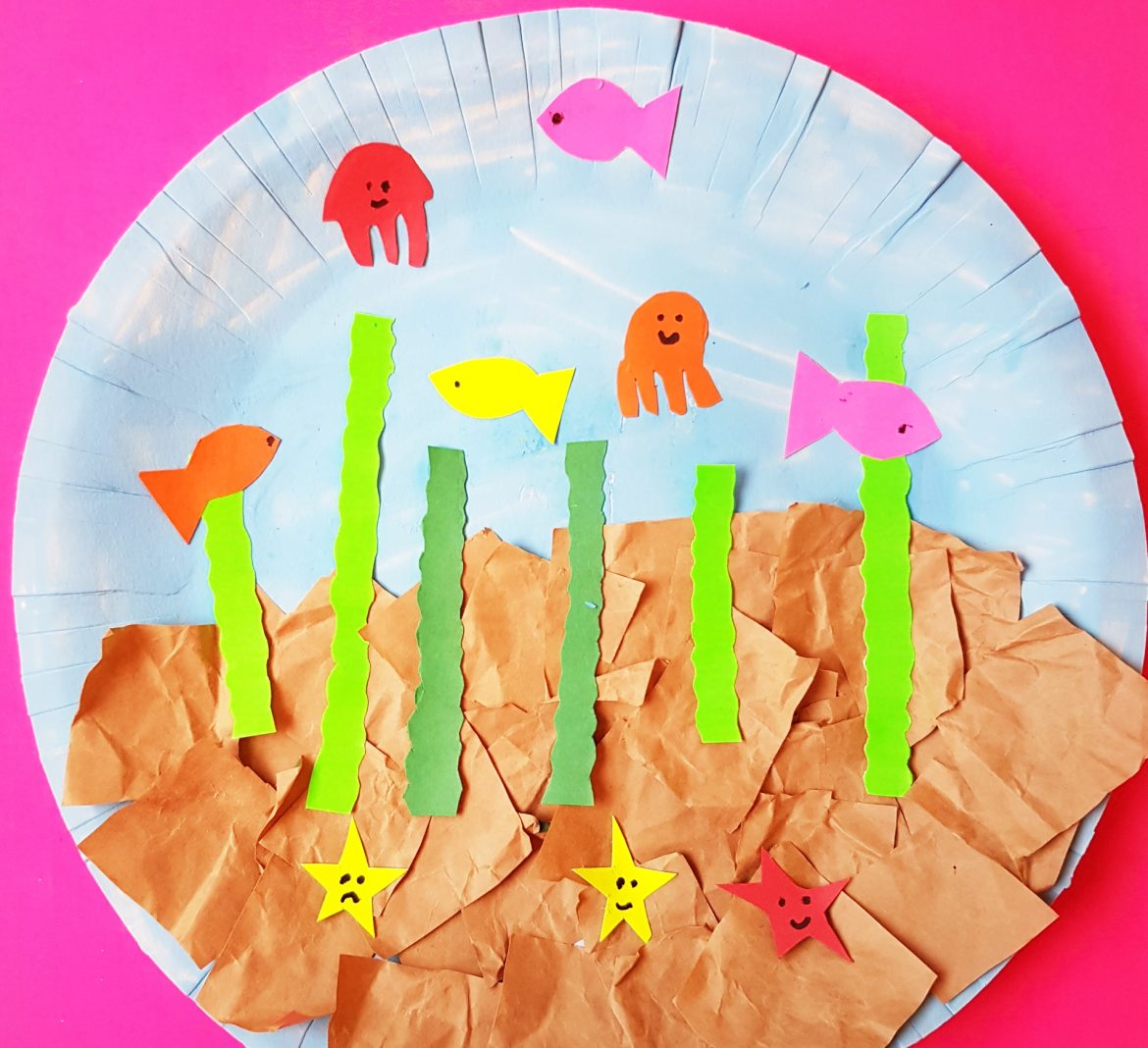 Kindergarten Craft: Paper Plate Fish Aquarium Craft