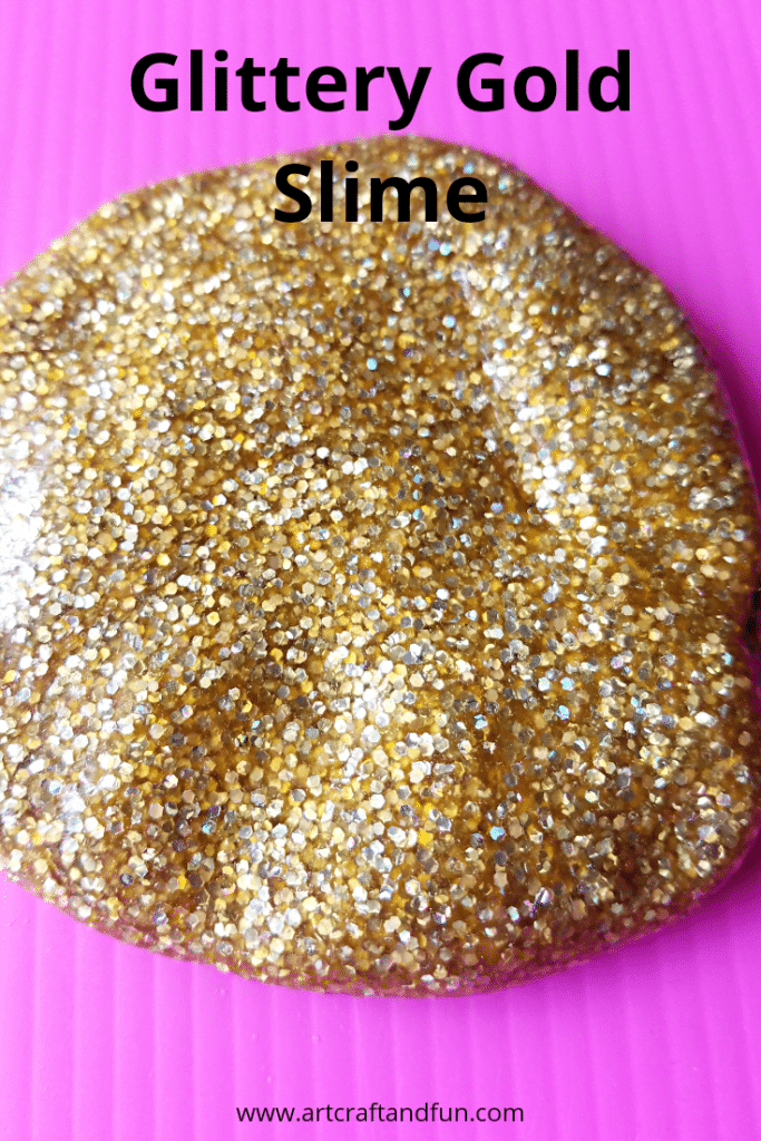Make this gorgeous glittery gold slime with your kids today. Its the perfect slime recipe for the first time slime makers. And it turns out so pretty and slimey. #slime #goldslime #goldenslime #slimerecipe #kidscraft #summercraft #funcraft #messycraft #easycraft #glitteryslime