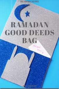 Make this super easy Ramadan Craft Good Deeds Bag with your little ones today to get them into the spirit of Ramadan. Its the perfect Ramadan Activity. #Ramadancrafts #RamadanActivites #Ramadanfun #Ramadan #Ramdanforkids