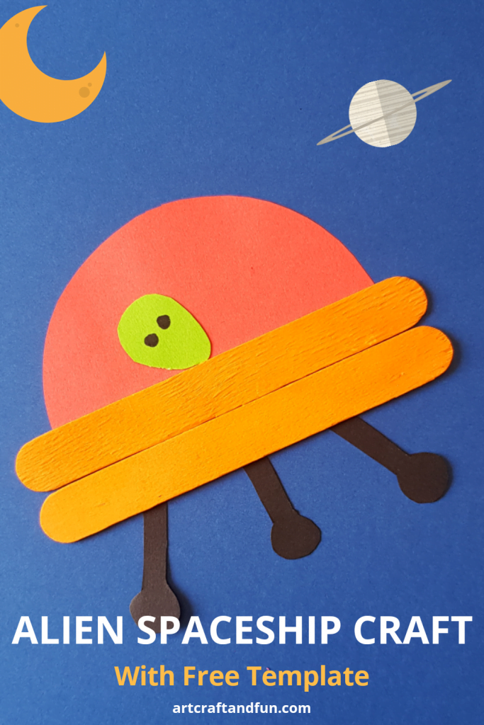 This super cute Alien Spaceship Craft is perfect for your little space lovers! It comes with a Free Printable Template. #spaceshipcraft #spacecraft #preachoolcrafts #freetemplate #popsiclestickcraft
